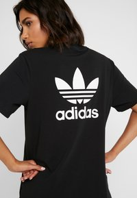 adidas Originals - DRESS - Vestito di maglina - black/white