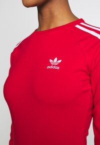 adidas Originals - 3STRIPES 3/4 SLEEVE DRESS - Vestito di maglina - scarlet - 5