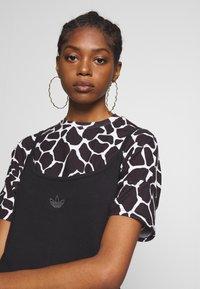 adidas Originals - FAKTEN TREFOIL TANK DRESS - Jersey dress - black - 3