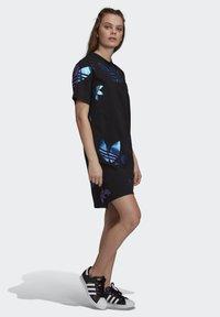 adidas Originals - LARGE LOGO TEE DRESS - Trikoomekko - black - 3
