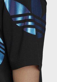 adidas Originals - LARGE LOGO TEE DRESS - Trikoomekko - black - 6