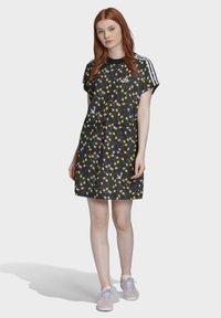 adidas Originals - ALLOVER PRINT TEE DRESS - Jersey dress - multicolour - 0