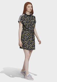 adidas Originals - ALLOVER PRINT TEE DRESS - Jersey dress - multicolour - 2