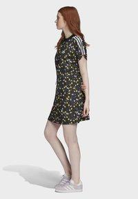 adidas Originals - ALLOVER PRINT TEE DRESS - Jersey dress - multicolour - 3