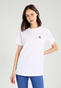 adidas Originals - Printtipaita - white - 0