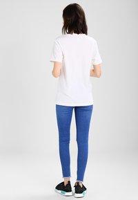 adidas Originals - Printtipaita - white - 2