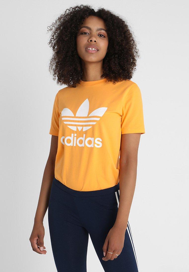 adidas Originals - ADICOLOR TREFOIL GRAPHIC TEE - T-shirt z nadrukiem - orange
