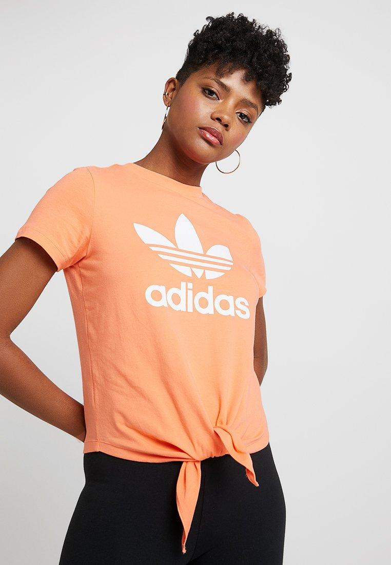 adidas Originals - TEE  - T-Shirt print - bliss coral