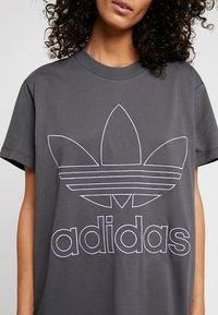 adidas Originals - BOYFRIEND  - Triko spotiskem - grey six - 4