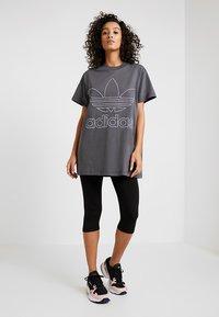adidas Originals - BOYFRIEND  - Triko spotiskem - grey six - 1