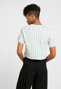 adidas Originals - CROP TEE - T-shirt print - vapour green - 2