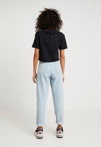 adidas Originals - CROPPED TEE - T-Shirt print - black - 2
