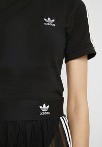 adidas Originals - BODY - T-shirt z nadrukiem - black - 7