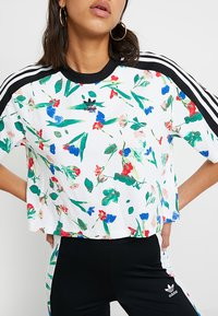 adidas Originals - CROPPED TEE - T-shirt con stampa - multicolor - 4