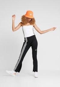 adidas Originals - BANDEAU - Topper - white - 1
