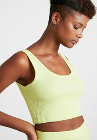 adidas Originals - CROPPED TANK - Top - semi frozen yellow - 4