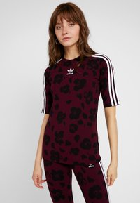 adidas Originals - T-shirts med print - maroon black - 0