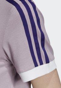 adidas Originals - STRIPES T-SHIRT - T-shirts med print - purple - 5