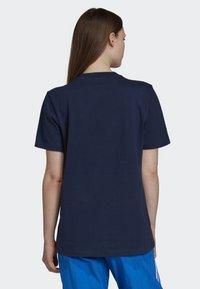 adidas Originals - BOYFRIEND LONG-SLEEVE TOP - T-shirts med print - blue - 2