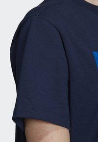 adidas Originals - BOYFRIEND LONG-SLEEVE TOP - T-shirts med print - blue - 6