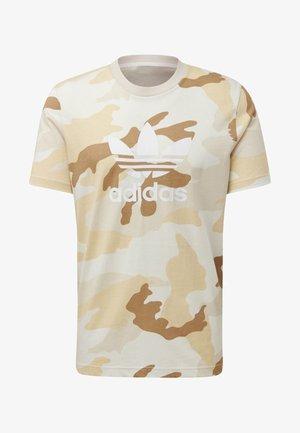 CAMOUFLAGE TREFOIL T-SHIRT - T-shirts med print - beige