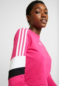 adidas Originals - CROPPED - T-shirt à manches longues - real magenta - 3