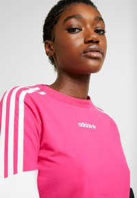 adidas Originals - CROPPED - T-shirt à manches longues - real magenta - 5