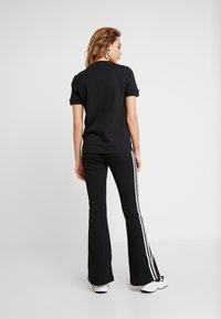 adidas Originals - TEE - T-Shirt print - black - 2