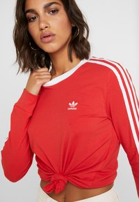 adidas Originals - Longsleeve - lush red/white - 4