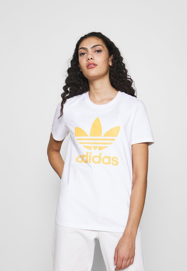 TREFOIL TEE - T-shirt con stampa - white/core yellow