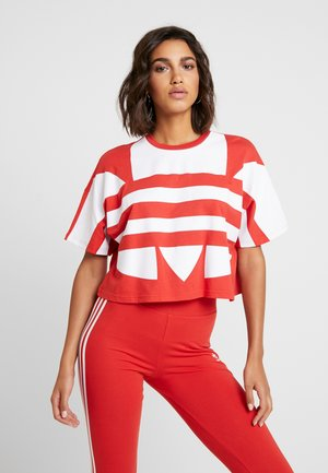 LOGO TEE - Camiseta estampada - lush red/white