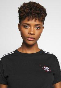 adidas Originals - TREFOIL SHORT SLEEVE TEE - T-shirts med print - black - 4