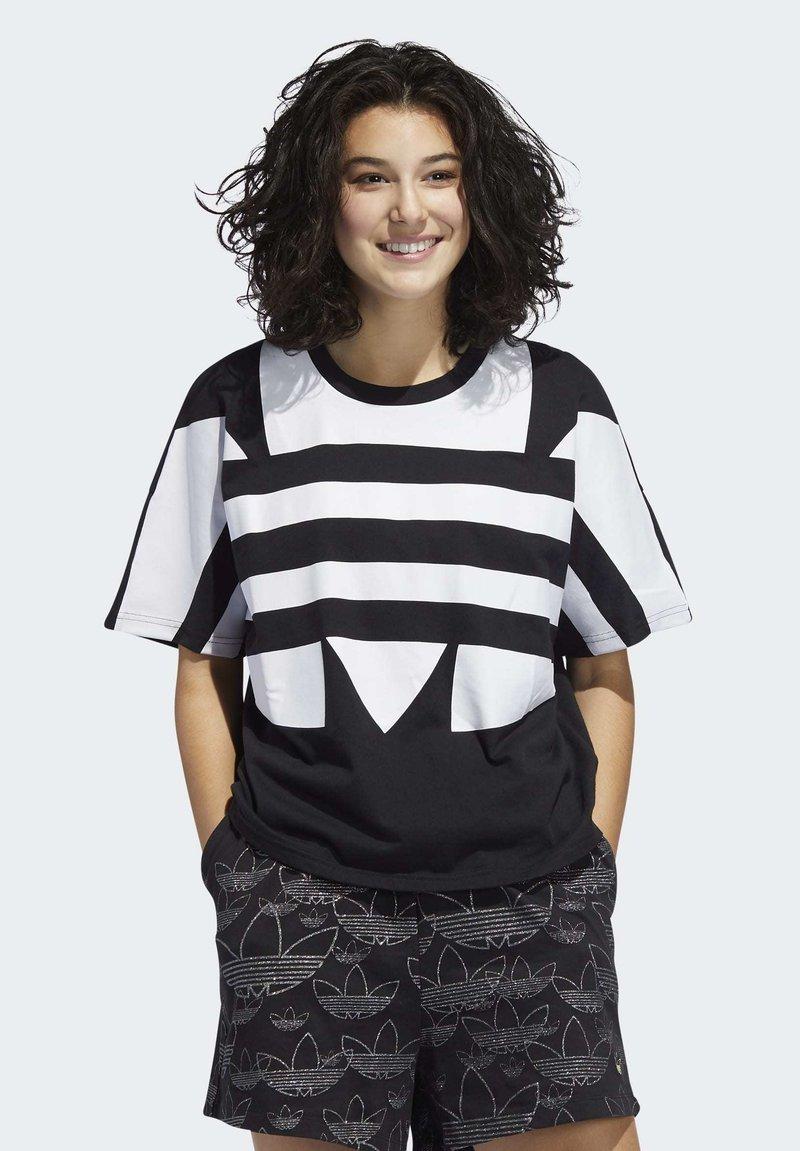 adidas Originals - LARGE LOGO T-SHIRT - T-shirt print - black