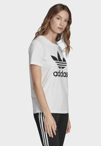 adidas Originals - T-shirts med print - white - 3