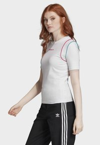 adidas Originals - SLIM T-SHIRT - T-shirt print - white - 2