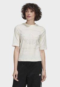 adidas Originals - T-SHIRT - T-shirt z nadrukiem - white - 0