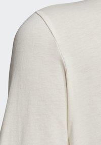 adidas Originals - T-SHIRT - T-shirt z nadrukiem - white - 6
