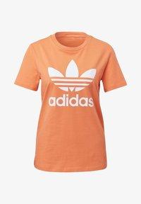 adidas Originals - TREFOIL T-SHIRT - Print T-shirt - orange - 8
