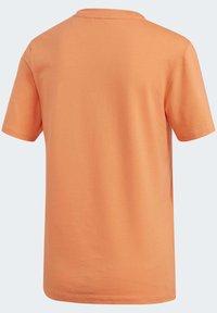adidas Originals - TREFOIL T-SHIRT - Print T-shirt - orange - 10