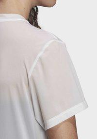adidas Originals - T-SHIRT - T-shirt basic - white - 5