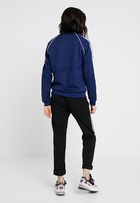 adidas Originals - ADICOLOR 3 STRIPES BOMBER TRACK JACKET - Training jacket - dark blue - 2