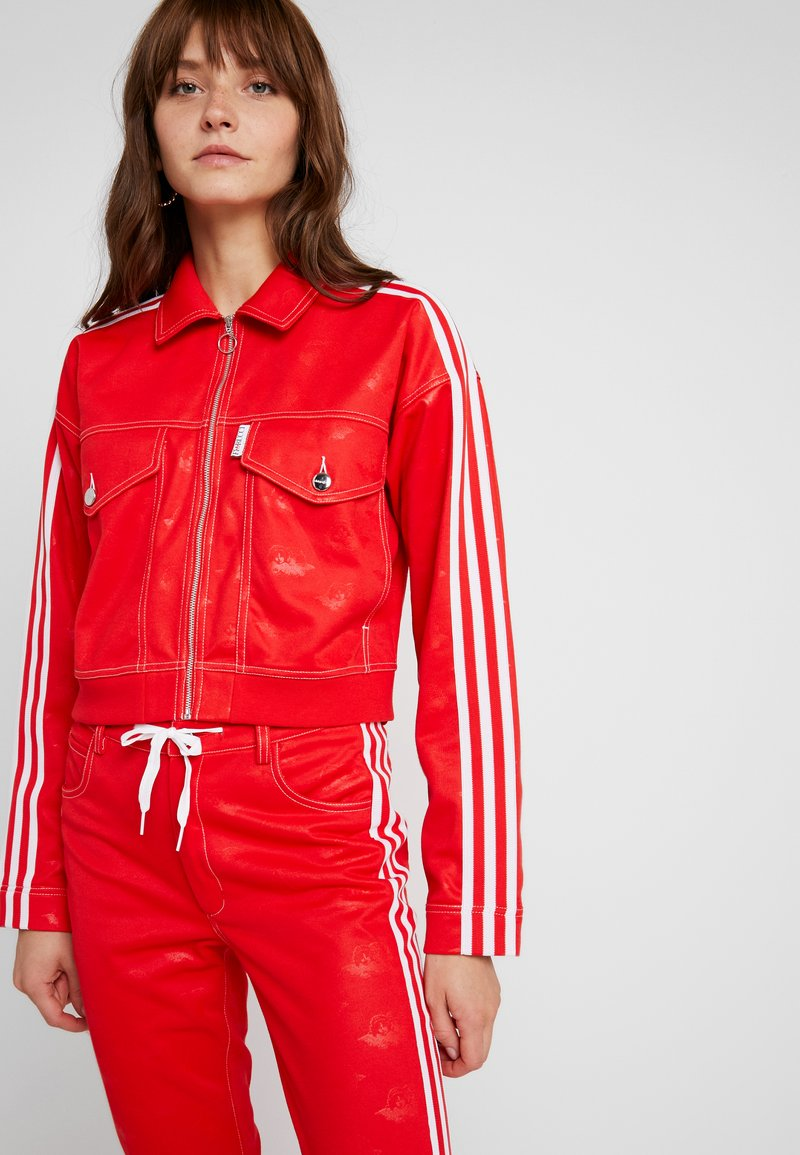 adidas Originals - TRACKTOP - Trainingsjacke - red