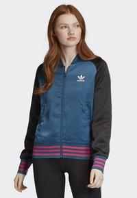 adidas Originals - SATIN BOMBER TRACK TOP - Bombejakke - blue - 0