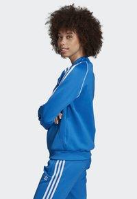 adidas Originals - SST TRACK TOP - Bomber Jacket - blue - 2