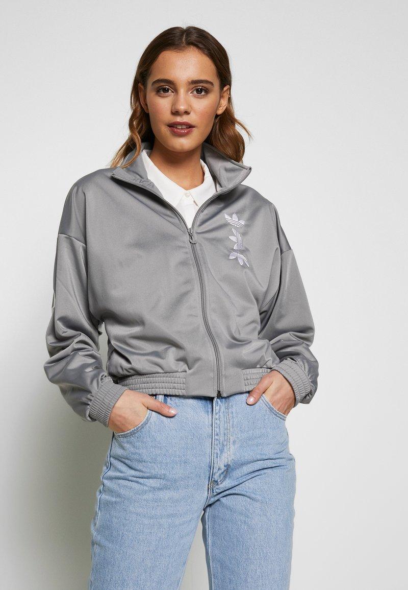adidas Originals - LOGO - Veste de survêtement - grey/white