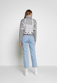 adidas Originals - LOGO - Veste de survêtement - grey/white - 2