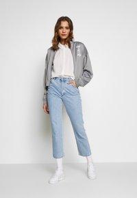adidas Originals - LOGO - Veste de survêtement - grey/white - 1