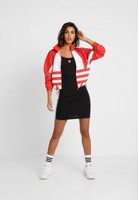 adidas Originals - LOGO - Veste de survêtement - lush red/white - 1