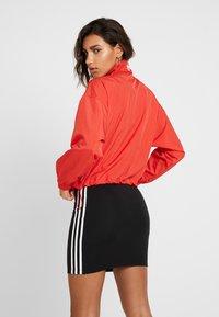 adidas Originals - LOGO - Veste de survêtement - lush red/white - 2
