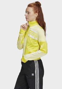 adidas Originals - DANIËLLE CATHARI TRACK TOP - Giacca sportiva - yellow - 3